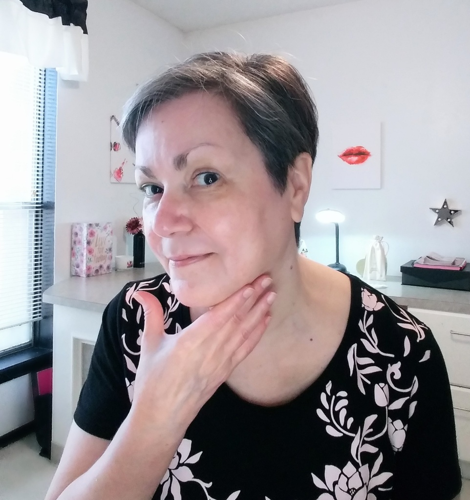 Mature skin no makeup pic.  Apply moisturizer first before foundation makeup.