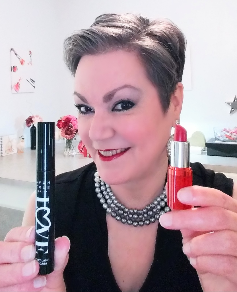 Love at 1st Lash Mascara and fmg Glimmer Satin Lipstick from Avon are the perfect finishing touches to my makeup look.